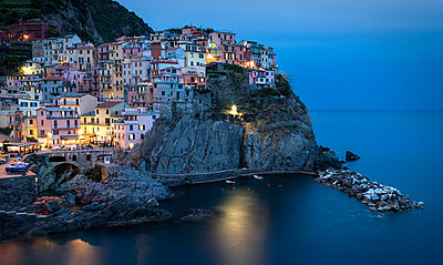 Italy, Cinque Terre, Manarola in the evening - p300m981397f by Markus Kapferer