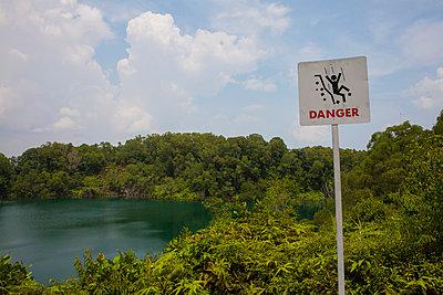 Gefährlicher See - p304m1051089 von R. Wolf