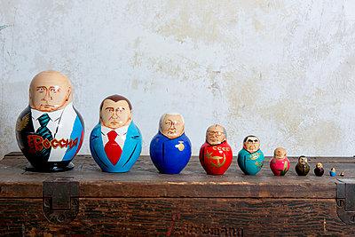 Russische Präsidenten Matroschkas - p451m1134296 von Anja Weber-Decker