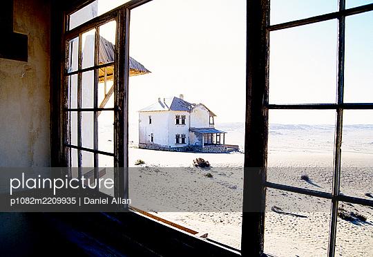 Through The Window  - p1082m2209935 by Daniel Allan