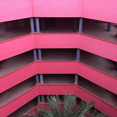 Staircase, pink construction, Ricardo Bofill - p1401m2181680 by Jens Goldbeck