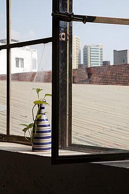 Vase - p993m989962 by Sara Foerster