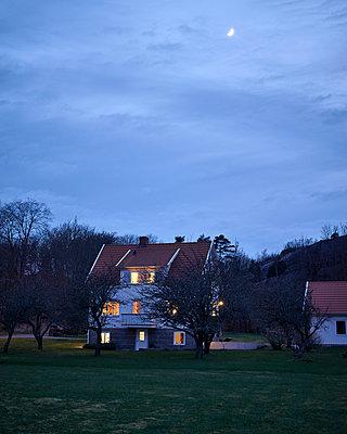 Alle Lichter an - p1124m1133234 von Willing-Holtz