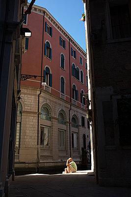 Mann in Venedig - p1308m2126724 von felice douglas