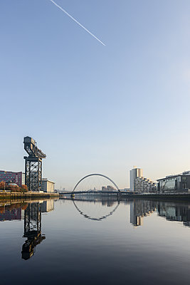 Great Britain, Glasgow, The Clyde Arc - p1267m2184686 by Jörg Meier