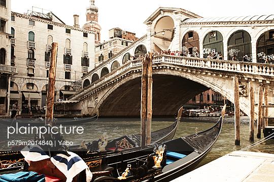Venetian Gondola and Rialto Bridge - p579m2014840 by Yabo