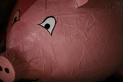 Pig - p199m740930 by Oliver Jäckel