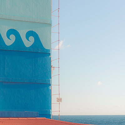 Maritime themes on a house wall, Beirut, Lebanon - p1542m2173602 by Roger Grasas