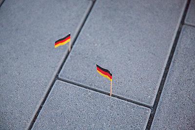 Zweierlei Deutschland - p497m1008395 von Guntram Walter