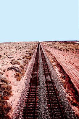 Bahnlinie - p4450589 von Marie Docher