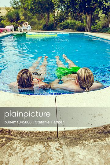 Holidays in Spain - p904m1045008 by Stefanie Päffgen
