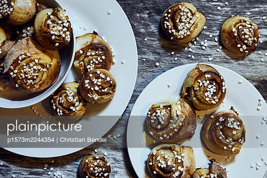 Sweden, Cinnamon buns - p1573m2244354 by Christian Bendel