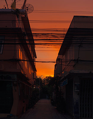 Sunset in Bangkok - p1324m1441376 by Michael Hopf