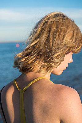 Rücken - p954m1171313 von Heidi Mayer