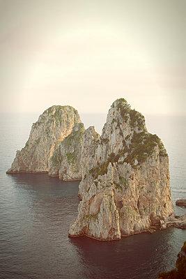 The rocks 'Faraglioni' at Capri - p294m944494 by Paolo