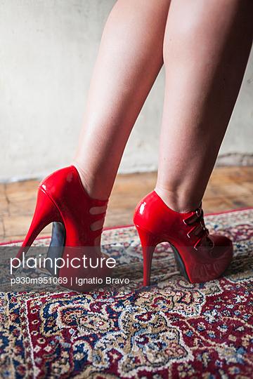 High heels - p930m951069 by Ignatio Bravo