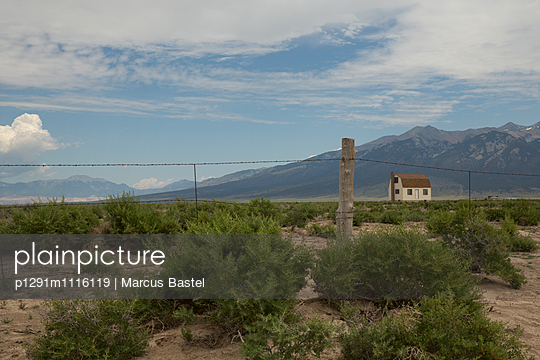 House on the Prairie - p1291m1116119 by Marcus Bastel