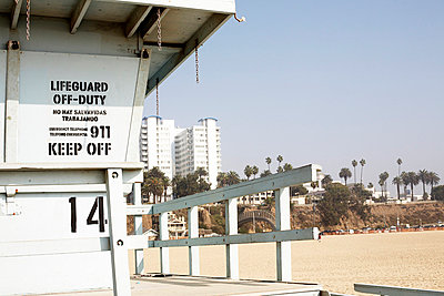 Lifeguard off-duty - p8630032 by Philipp Schmitz