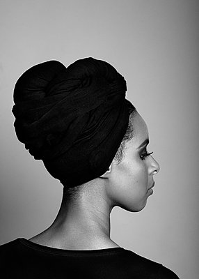 Portrait of a young woman - p1323m1158791 by Sarah Toure