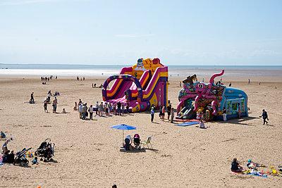 Strandleben - p1560m2133321 von Alison Morton