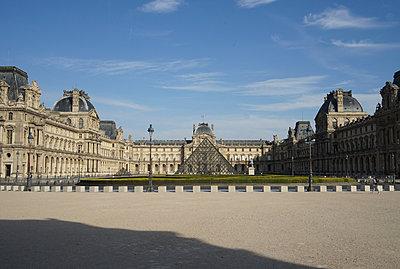 Pyramide des Louvre - p1610m2181515 von myriam tirler