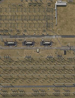 Electrical substation - p356m822683 by Stephan Zirwes