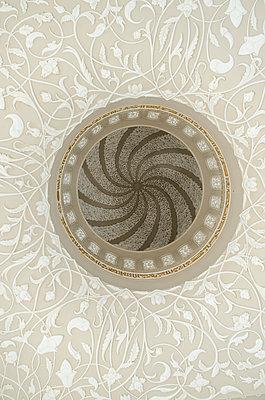Ornament - p794m924136 von Mohamad Itani