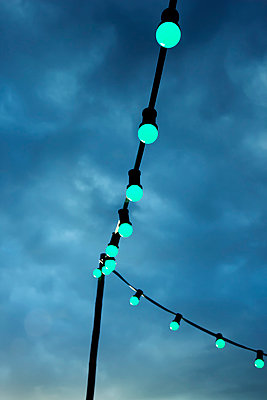 Fairy lights in the evening - p879m1538007 by nico