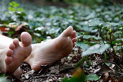 Dead body - p238m660492 by Anja Bäcker