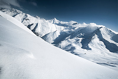 Austria, Tyrol, Ischgl, winter landscape in the mountains - p300m1068983f by Bela Raba