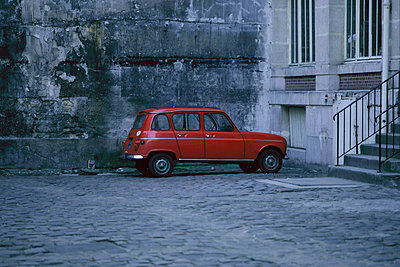 Car parked - p56711052 by Kenneth Hope