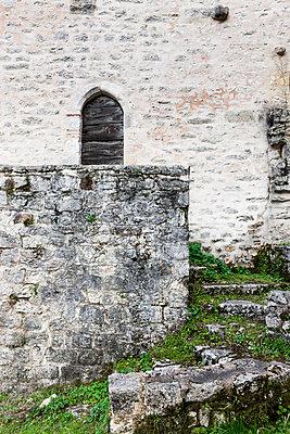 Graue Burgmauer - p248m1004091 von BY
