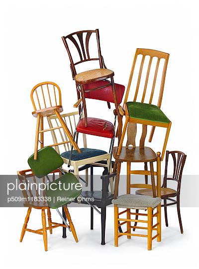 Stühle - p509m1183338 von Reiner Ohms