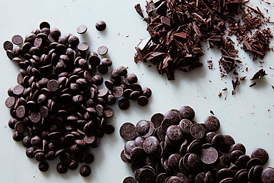 chocolate chips - p1379m1492396 by James Ransom