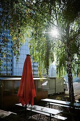 Imbiss im Büroviertel - p227m1503301 von Uwe Nölke