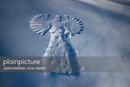 Snow Angel - p226m2263549 by Sven Görlich