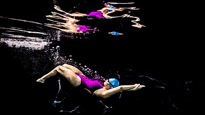 Dolphin kick streamline - p924m2058191 by Ken Kiefer 2