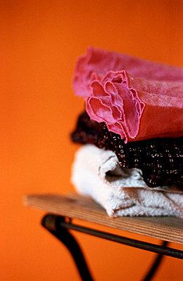 Wäsche auf Stuhl - p2140057 von hasengold