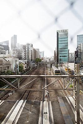 Brücke über die Yamanote Bahnstrecke - p1134m1440622 von Pia Grimbühler