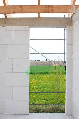 Neubaugebiet mit Einfamilienhaeusern - p9790830 von Dott