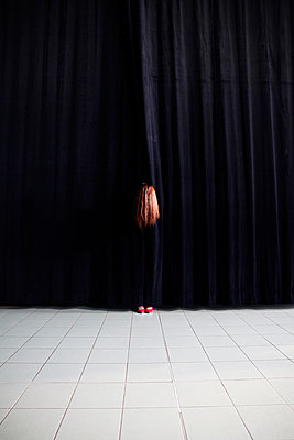 Behind the theatre curtain - p1105m2086551 by Virginie Plauchut