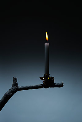 Candle - p1149m1492434 by Yvonne Röder