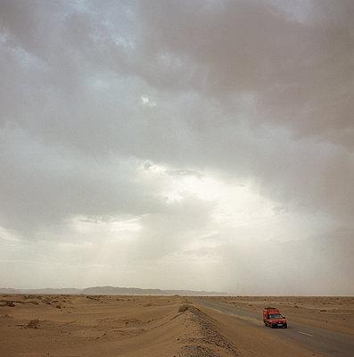 Sahara - p1205m1117560 by Florian Rainer