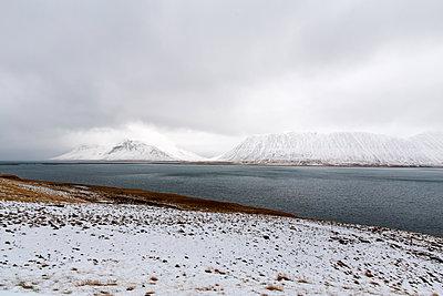 Winterlandschaft auf Island - p1396m1463025 von Hartmann + Beese