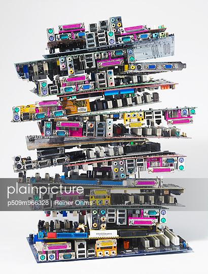 Computerschrott - p509m966328 von Reiner Ohms
