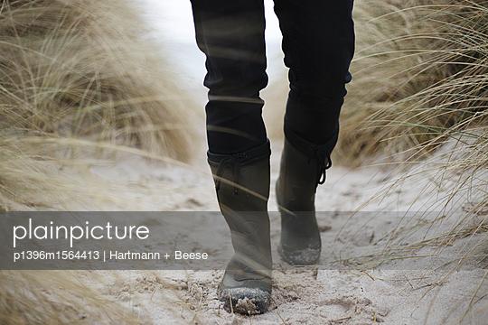 Strandspaziergang - p1396m1564413 von Hartmann + Beese