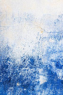 Close-up of old wall - p575m718459f by Lina Karna Kippel