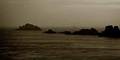 Pointe du Grouin - p1137m987261 by Yann Grancher