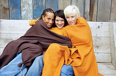 Trio Kuschelt - p0450294 von Jasmin Sander