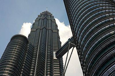 Petronas Twin Towers, Kuala Lumpur, Malaysia, Southeast Asia, Asia - p871m807549 by Annie Owen